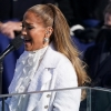 "Jennifer Lopez arrasa ao cantar ""This Land is Your Land"" na posse de Joe Biden"